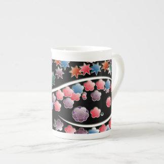 プラム花および葉 ボーンチャイナカップ