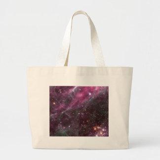 プラムNASAのタランチュラの星雲 ラージトートバッグ