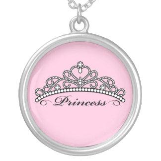 プリンセスのティアラのネックレス(ピンクの背景) シルバープレートネックレス