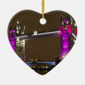 プリンセスのピンクのタワー橋 セラミックオーナメント