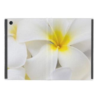プルメリアの花のハワイのFrangipaniの花柄の花 iPad Mini ケース