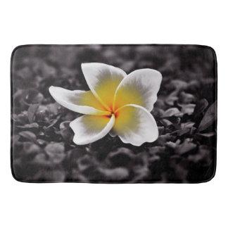 プルメリアのFrangipaniのハワイの花 バスマット