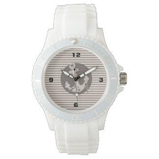 プレッピーで航海のなベージュ色ストライブ柄のビーチのいかり 腕時計