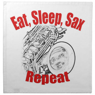 プレートを食事するサクソフォーンのミュージシャンバンド ナプキンクロス