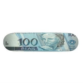 プロ100人のブラジル人のReaisの銀行券のスケートボード スケボー