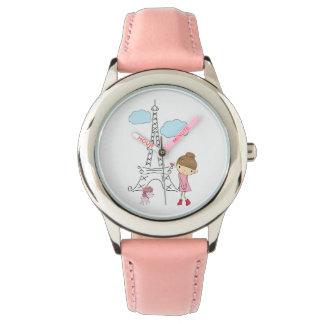 プードルの腕時計が付いているパリの女の子 腕時計