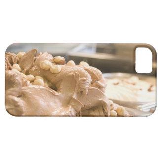ヘイゼルナッツのアイスクリームの十分の容器 iPhone SE/5/5s ケース