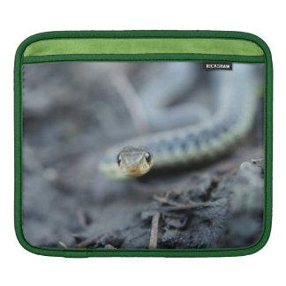 ヘビのiPadの横の袖 iPadスリーブ