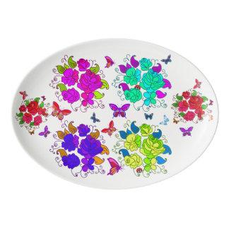 ベクトル抽象的な花および蝶 磁器大皿