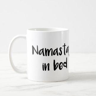 ベッドのマグのNamastay コーヒーマグカップ