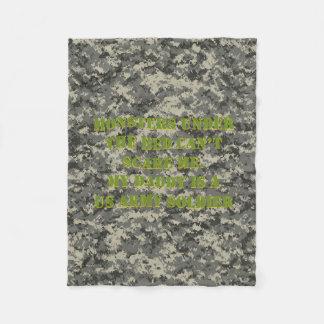 ベッドの兵士毛布の下のモンスター フリースブランケット
