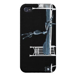 ベッドの時間X線の骨組黒い及び青 iPhone 4/4Sケース