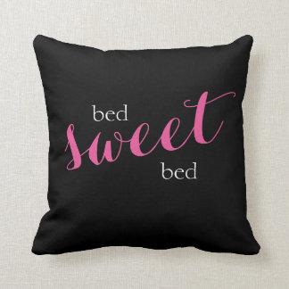 ベッドの甘いベッドのタイポグラフィ クッション