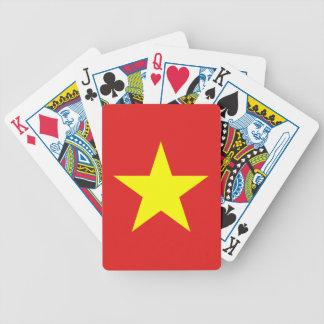 ベトナムの旗の黄色の星のトランプ バイスクルトランプ