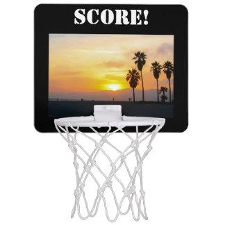 ベニスのビーチカリフォルニア日没の記念品 ミニバスケットボールゴール