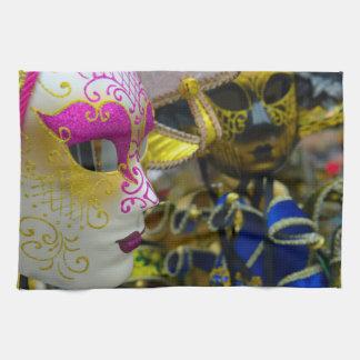 ベニスイタリアのカーニバルのマスク キッチンタオル