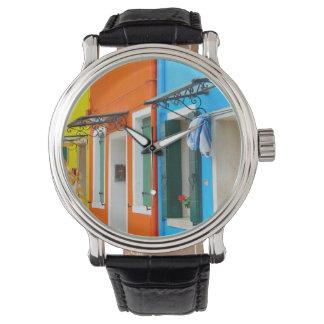 ベニスイタリアの近くのBuranoイタリア 腕時計