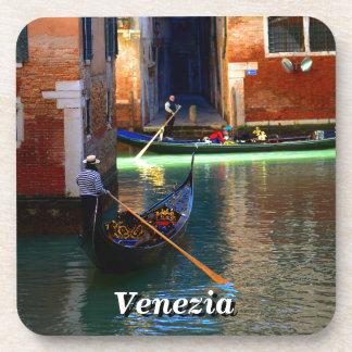 ベニス、イタリアのゴンドラ コースター