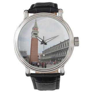 ベニス、イタリアのセントマークのスクエア 腕時計