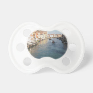 ベニス、イタリアの有名な大運河の眺め おしゃぶり