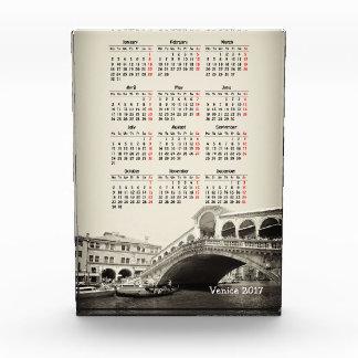 ベニス、イタリア2017のカレンダー 表彰盾