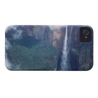 ベネズエラ、エンジェルフォールのCanaimaの国立公園 Case-Mate iPhone 4 ケース