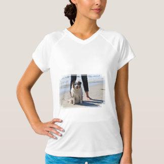 ベネット- Rosie - Carmelのオーストラリアのミニビーチ Tシャツ