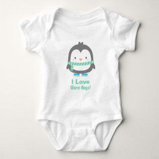 ベビーのためのかわいい楽しむI愛暖かい抱擁ペンギン ベビーボディスーツ