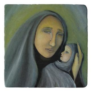 ベビーのイエス・キリストの宗教クリスマスを保持している聖母マリア トリベット