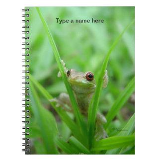 ベビーのカエルの登山の草のノート ノートブック