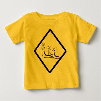 ベビーのスラグ ベビーTシャツ