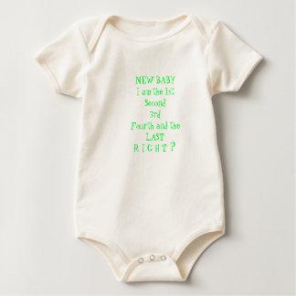 ベビーのティー、メッセージが付いている幼児暖かいティー ベビーボディスーツ