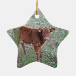 ベビーのブラウン牛。 セラミックオーナメント