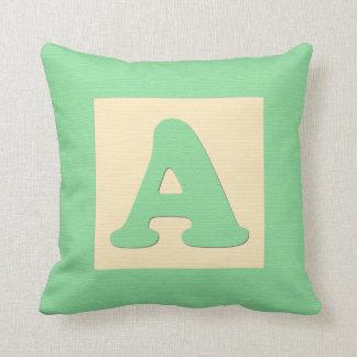 ベビーのブロックの装飾用クッションの手紙A (緑) クッション