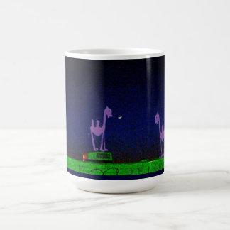 ベビーのラクダおよび月のマグ コーヒーマグカップ
