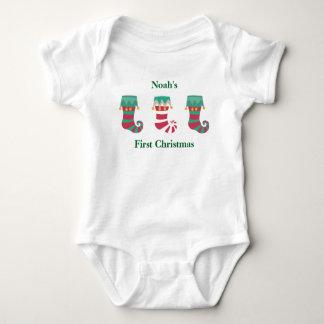 ベビーの初めてのクリスマスのストッキング ベビーボディスーツ