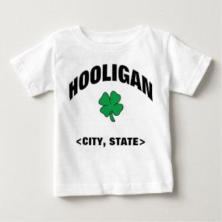 ベビーの名前入りなアイルランドの不良のTシャツ ベビーTシャツ
