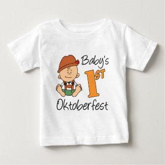ベビーの最初オクトーバーフェスト ベビーTシャツ