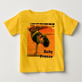 ベビーの氷結 ベビーTシャツ