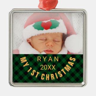 ベビーの第1クリスマスの写真の名前年の緑の格子縞 メタルオーナメント