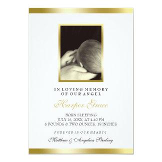 ベビーの記念物 ののどの金ゴールド及び白 のカスタムな写真 カード