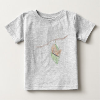 ベビーの(昆虫)オオカバマダラ、モナーク ベビーTシャツ