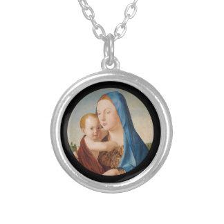 ベビーイエス・キリストを握るメリーのポートレート シルバープレートネックレス