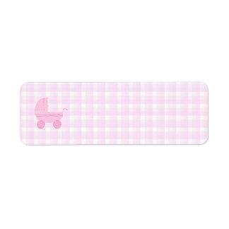 ベビーカー。 ピンクのギンガムで淡いピンク ラベル