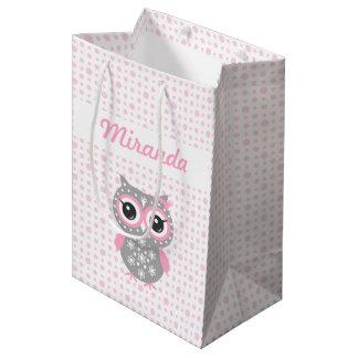 ベビーシャワーのかわいいピンクのフクロウのギフトバッグ ミディアムペーパーバッグ