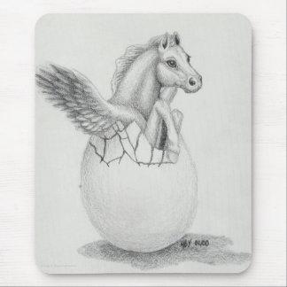ベビーペガソスの飛んでいるな馬のコレクションを「飛びます」 マウスパッド