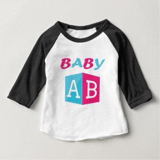 ベビーABCのブロック ベビーTシャツ