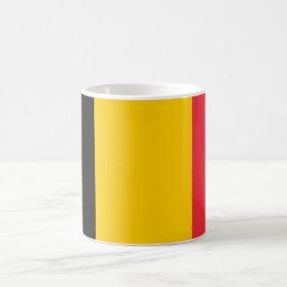 ベルギーの旗が付いているマグ コーヒーマグカップ