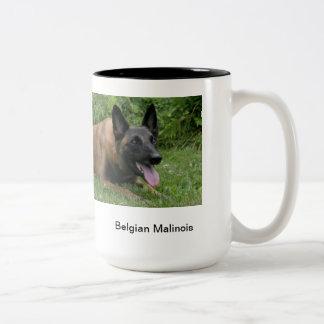 ベルギー人のMalinoisのマグ ツートーンマグカップ