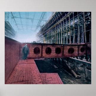 ベルファストアイルランドのRMSの巨大な建築 ポスター